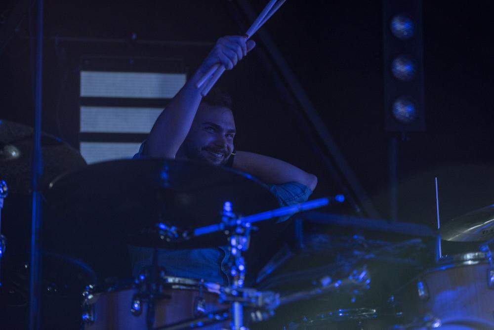 Andi an den Drums sorgt für den passenden Rhythmus.