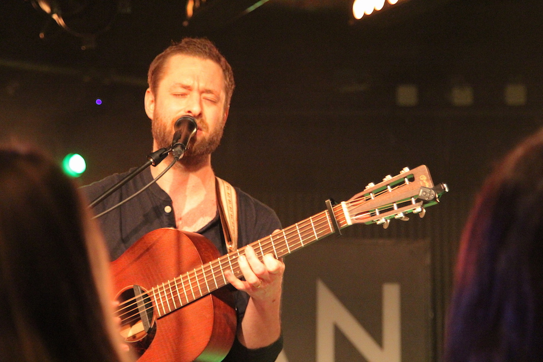 Etienne Merula spielte Songs zwischen Folk und Americana.