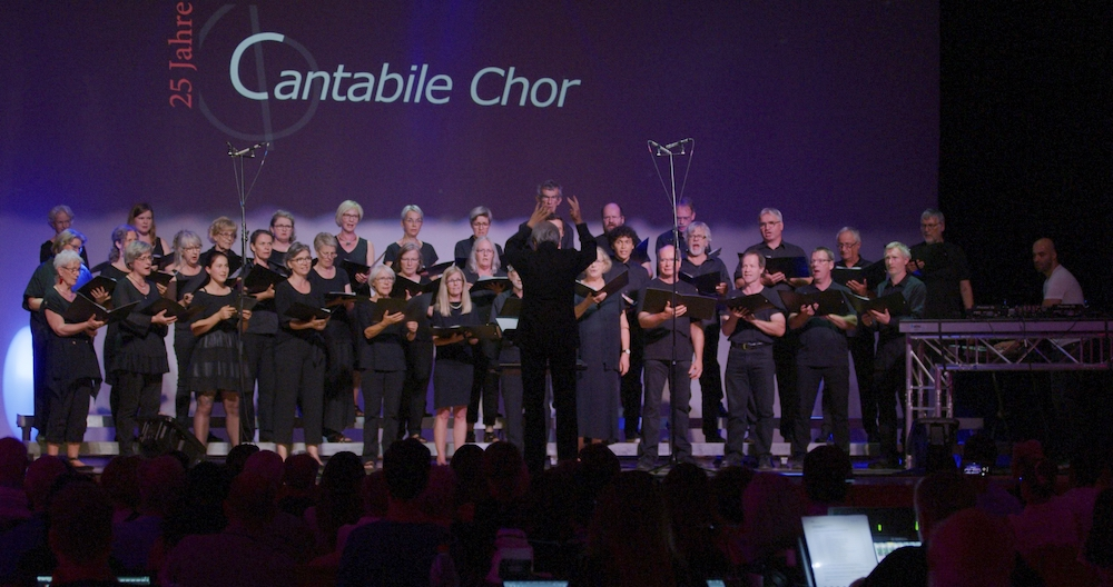 KWT Chor mit Projektleiter Boran Ece