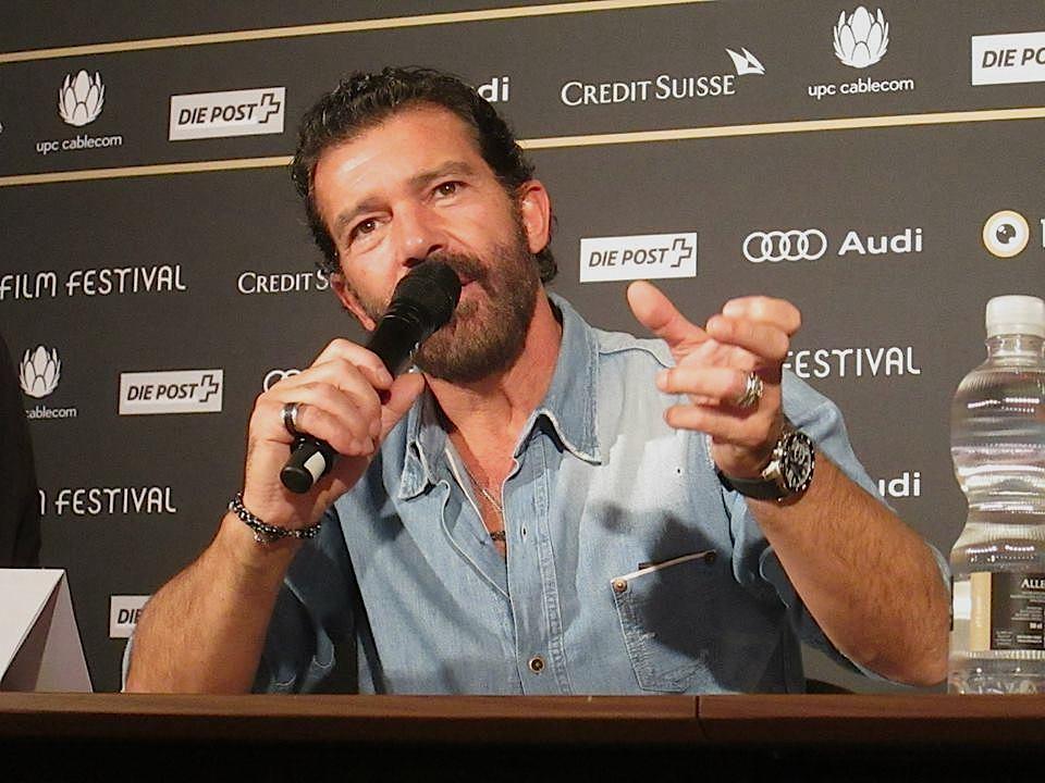 Antonio Banderas an der Pressekonferenz.