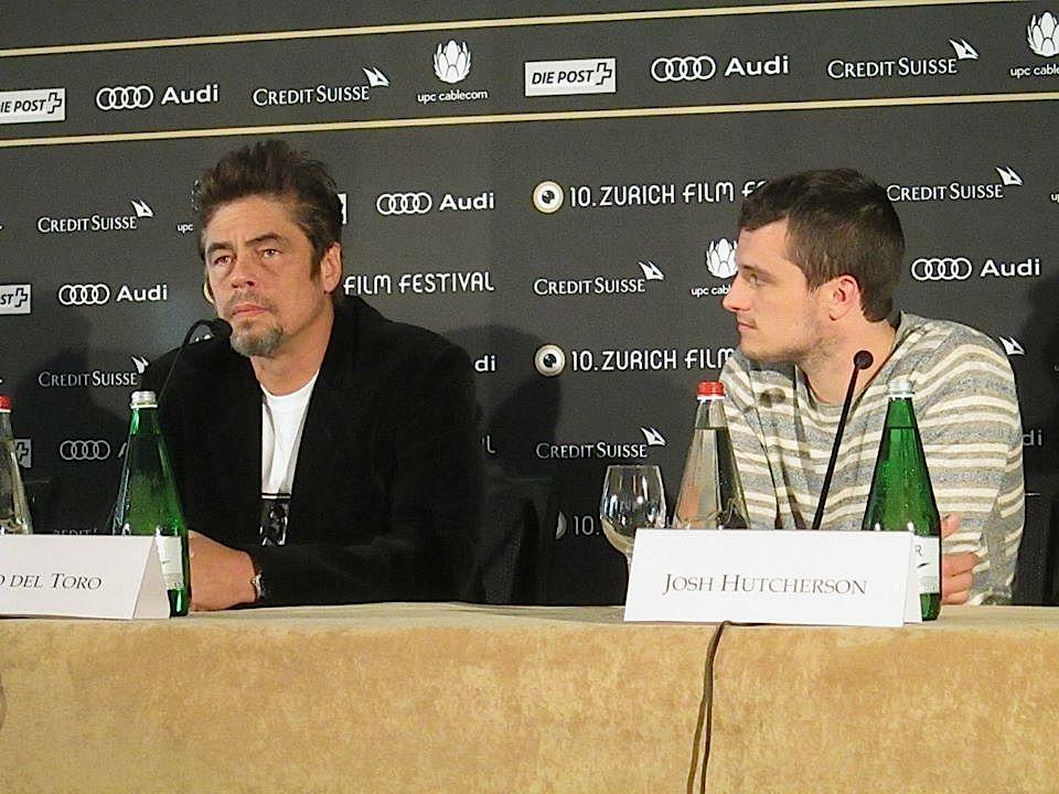 Benicio Del Toro (links) und Josh Hutcherson sind ...