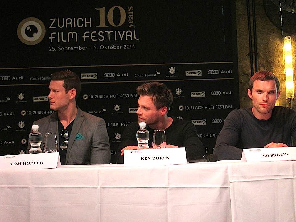 """Die """"Northmen""""-Wikinger bei der Pressekonferenz."""