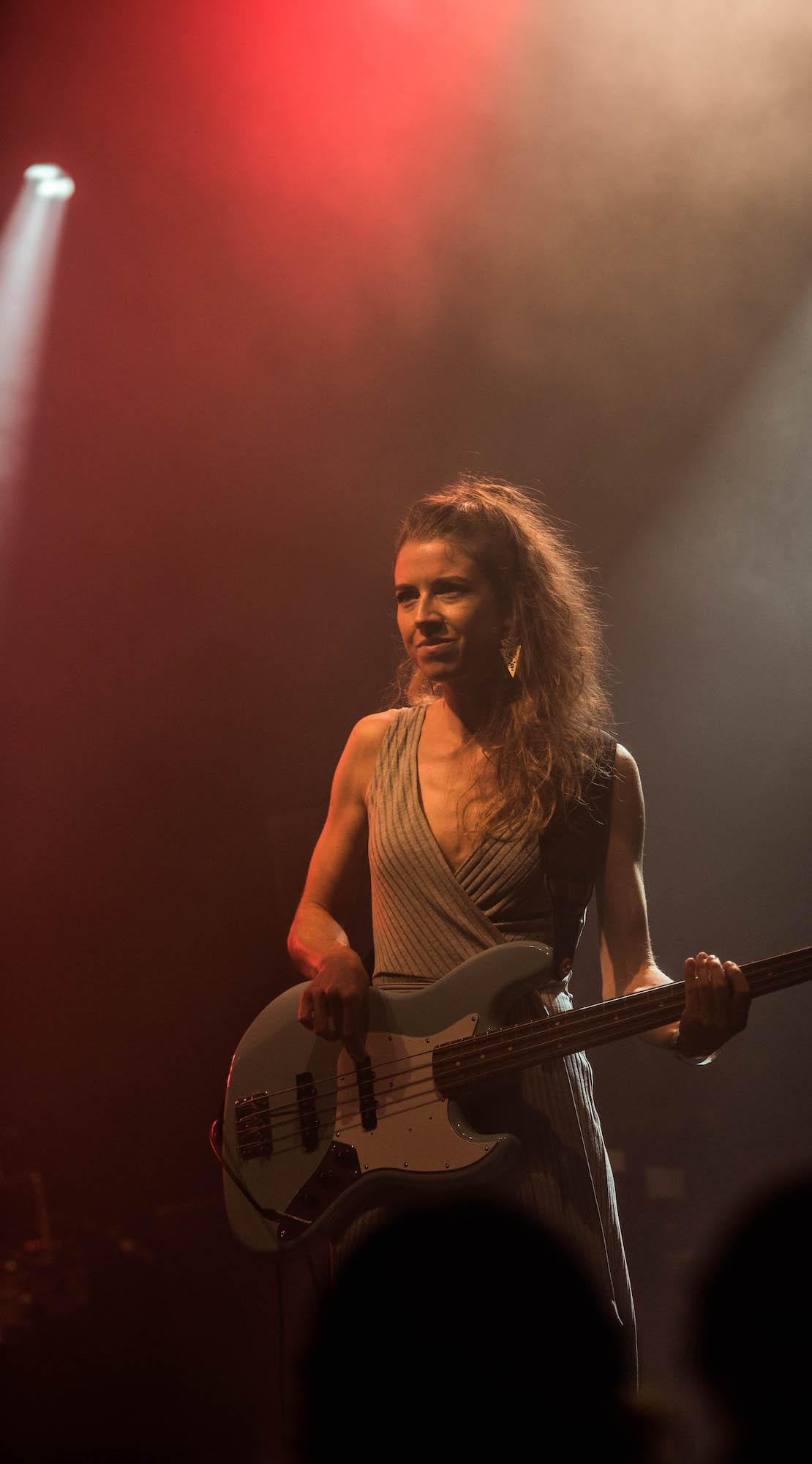 Lia Low, die bei Zid am Bass stand, ist ebenfalls ein bekannter Name.